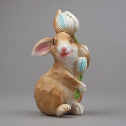 Zajíc s tulipánem, lowpoly